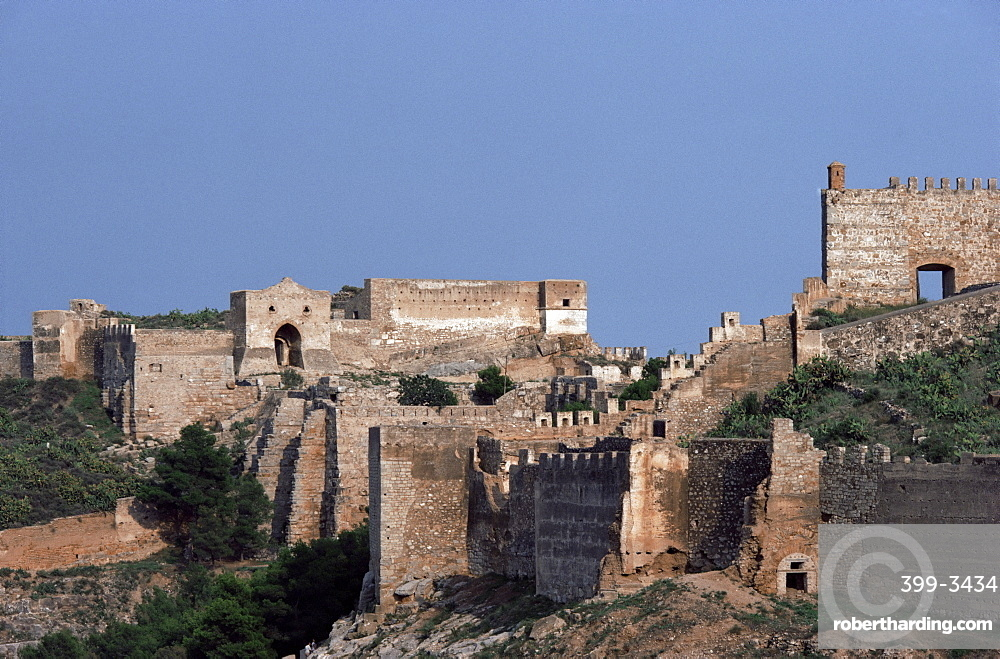 Sagunto, dating from 218 BC, besieged by Hannibal, Arab fort built over earlier acropolis, Valencia, Spain, Europe