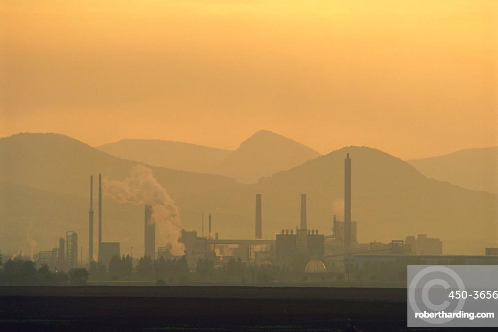 Pollution, chemical plant, near Terezin, North Bohemia, Czech Republic, Europe
