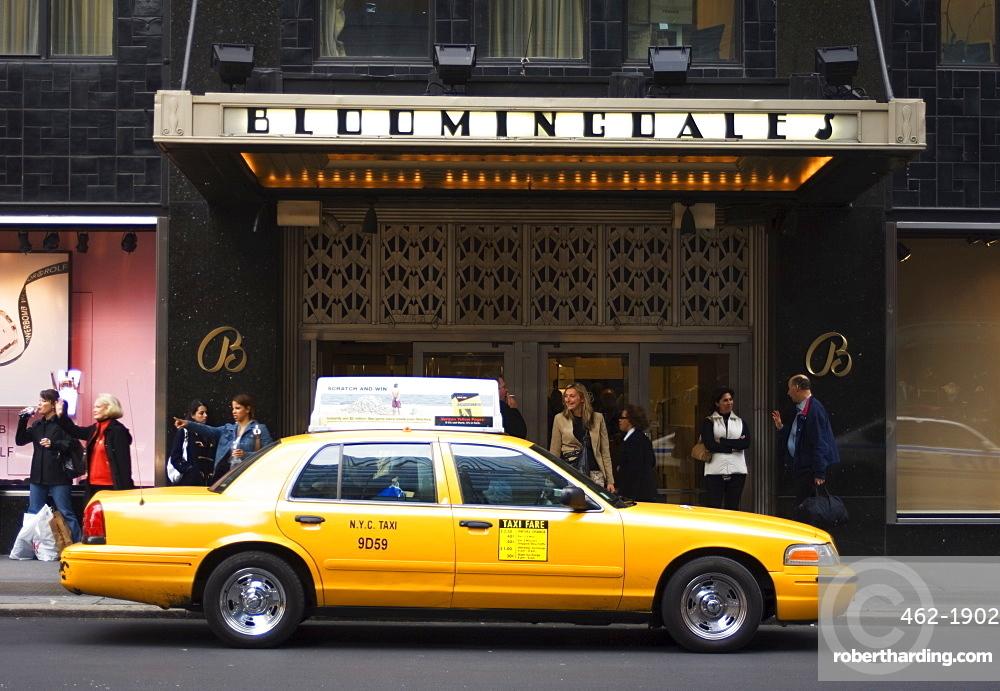 Bloomingdale's department store, Lexington Avenue, Manhattan, New York City, New York, United States of America, North America
