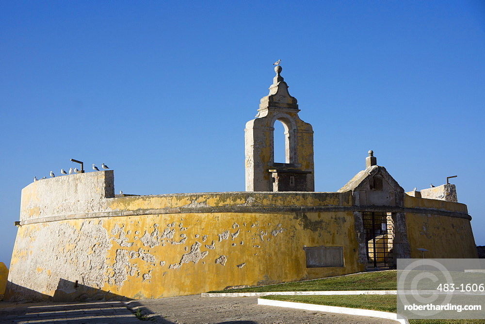 The 16th century fort at Peniche, Centro, Portugal, Europe
