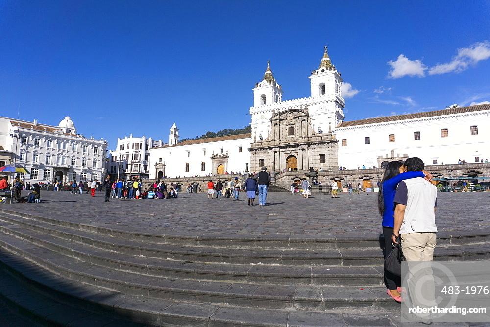 Plaza San Francisco, Quito, UNESCO World Heritage Site, Ecuador, South America