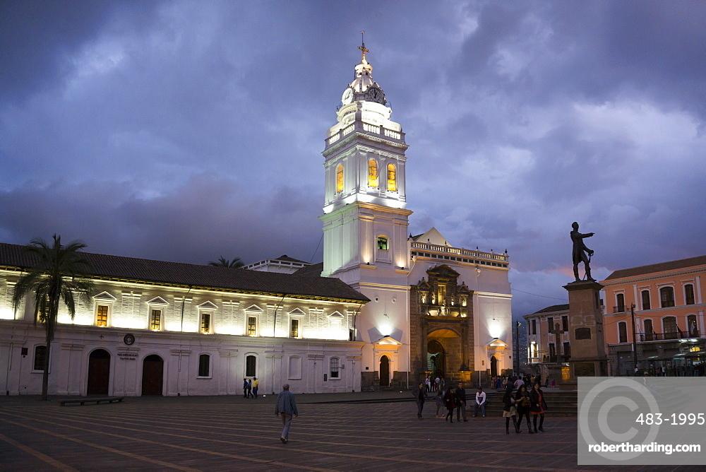 Santo Domingo Cathedral, UNESCO World Heritage Site, Quito, Ecuador, South America