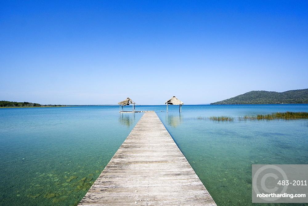 Lago Peten Itza, El Remate, Guatemala, Central America