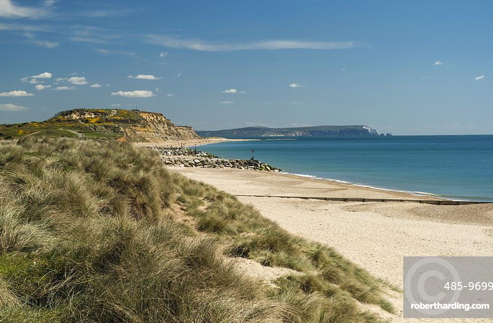 Hengistbury Head Cliffs and Beach, Bournemouth, Poole Bay, Dorset, England, United Kingdom, Europe