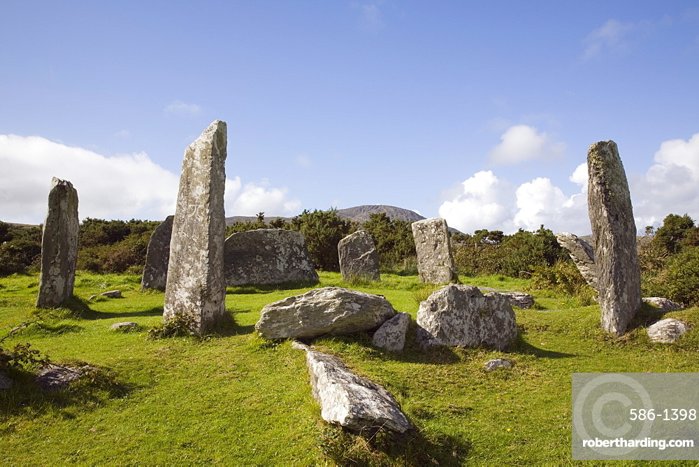 Derrintaggart West stone circle, megalithic site on Beara Peninsula, believed to have been built between 1500 and 500BC, Castletown, County Cork, Munster, Republic of Ireland, Europe