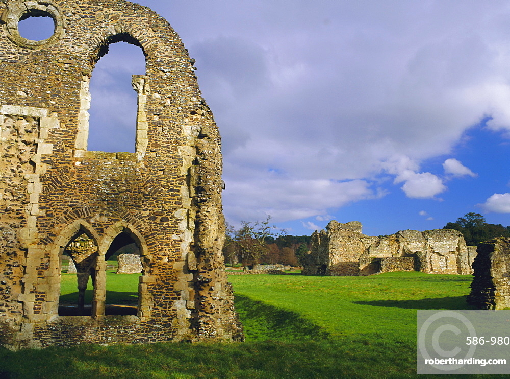 South gabled end of the lay brothers refectory and remains of the church beyond, 12th century ruins, Waverley Abbey, Farnhham, Surrey, England, UK, Europe