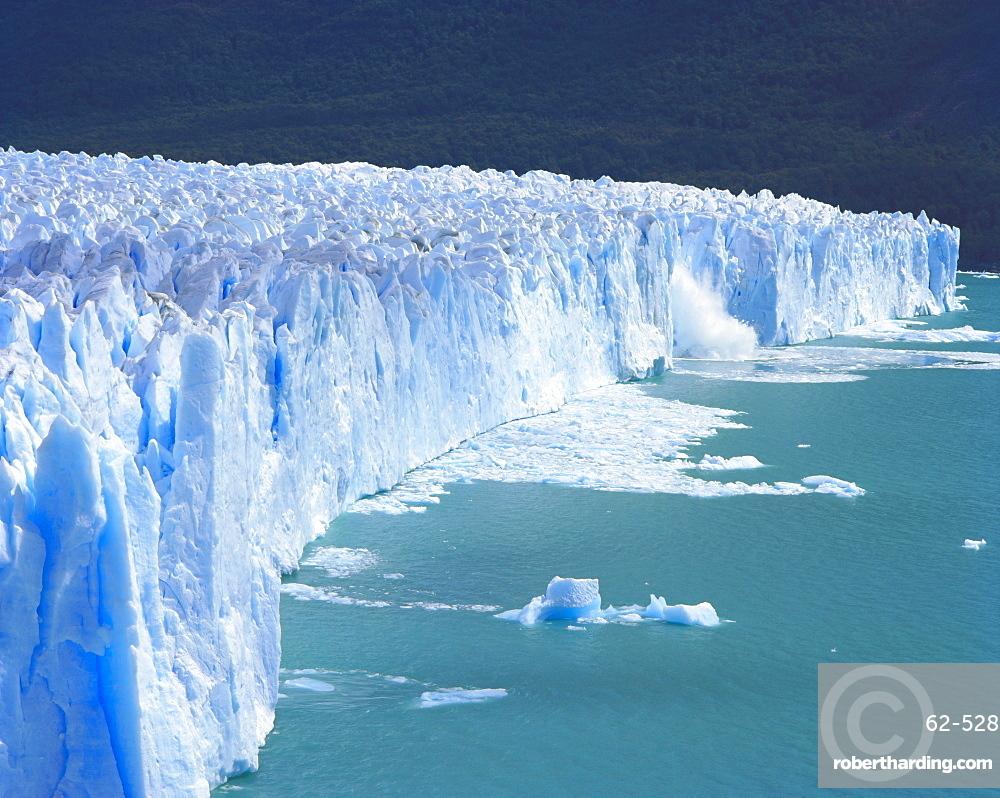 Perito Moreno Glacier, Glaciers National Park, Patagonia, Argentina