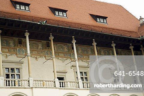 The Royal Palace, Royal Castle area, Krakow (Cracow), UNESCO World Heritage Site, Poland, Europe