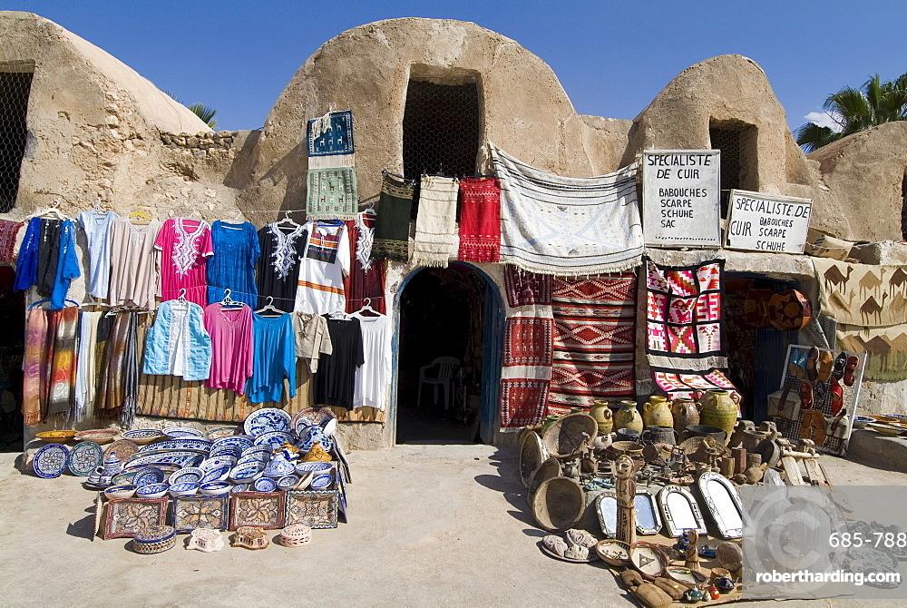 Craft market, Medenine, Tunisia, North Africa, Africa