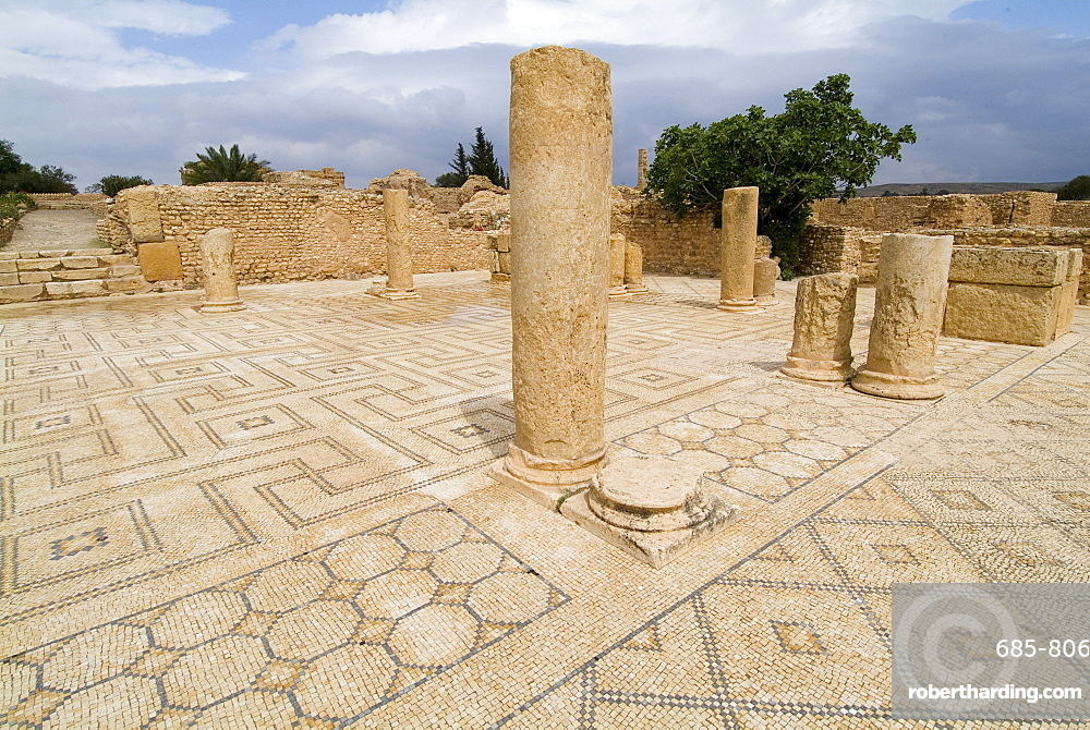 Ancient Roman city of Sufetula, Sbeitla, Tunisia, North Africa, Africa