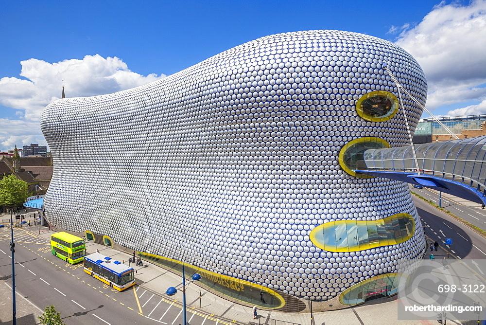 Selfridges department store with buses outside, Birmingham Bull Ring, Birmingham, West Midlands, England, United Kingdom, Europe
