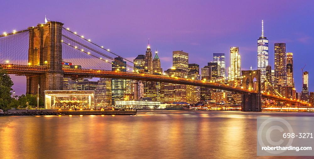 Brooklyn Bridge, East River, panorama, Lower Manhattan skyline, New York skyline, at night, New York City, United States of America, North America