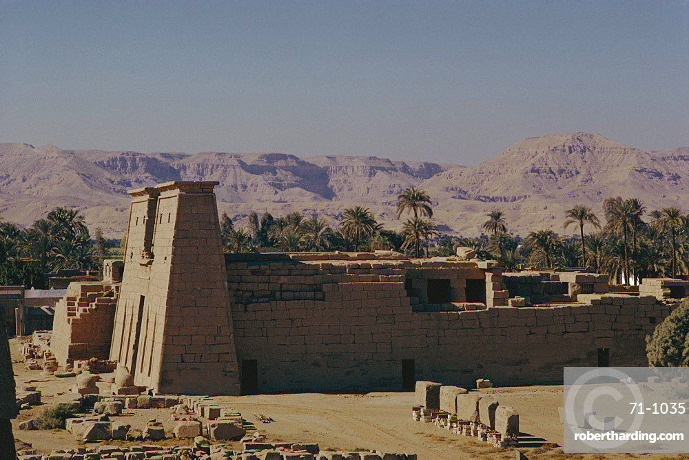 Khonso Temple, Karnak, Thebes, Egypt, North Africa, Africa