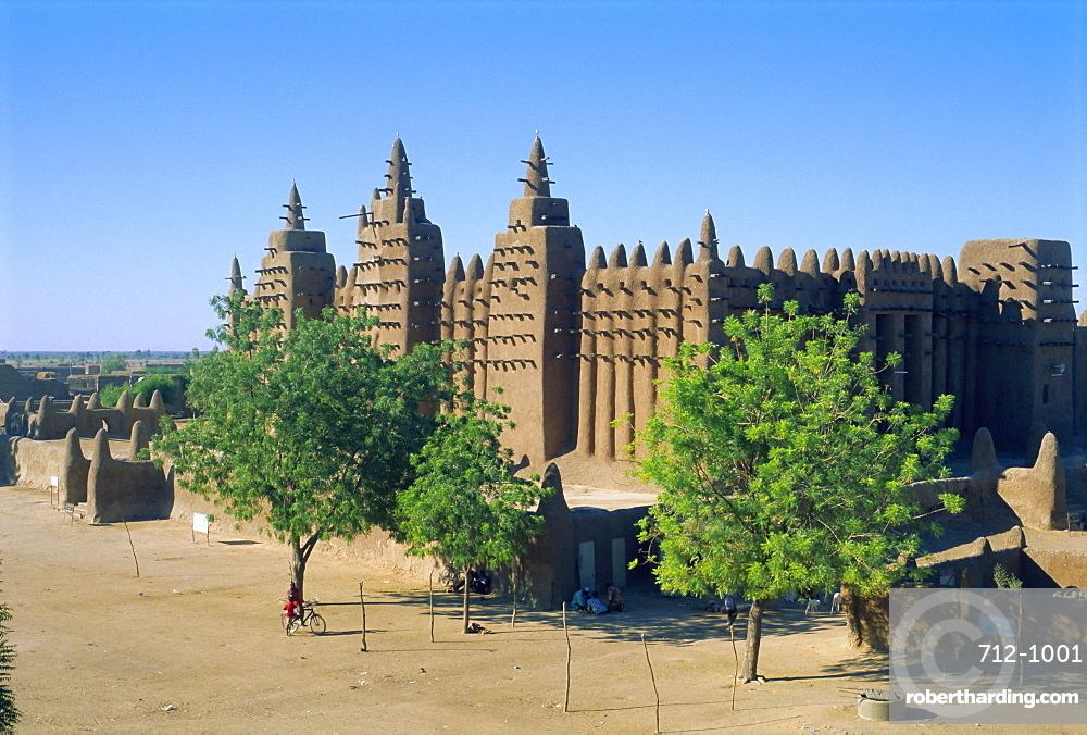 The Great Mosque, the largest mud built mosque in the World, Djenne, Mali, Africa