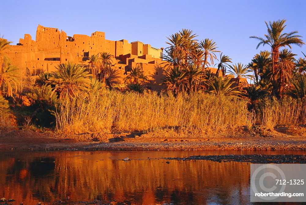 Tiffouloute Kasbah, Ouarzazate region, Morocco, North Africa