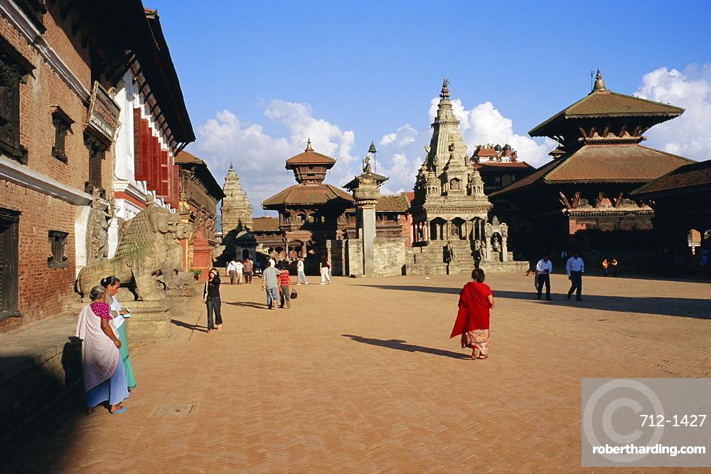 Durbar Square, Bhaktapur (Bhadgaun), Kathmandu Valley, Nepal, Asia