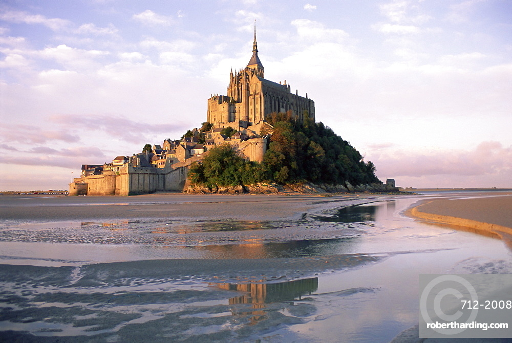 Mont Saint Michel (Mont-St. Michel), UNESCO World Heritage Site, Manche, Normandie (Normandy), France, Europe