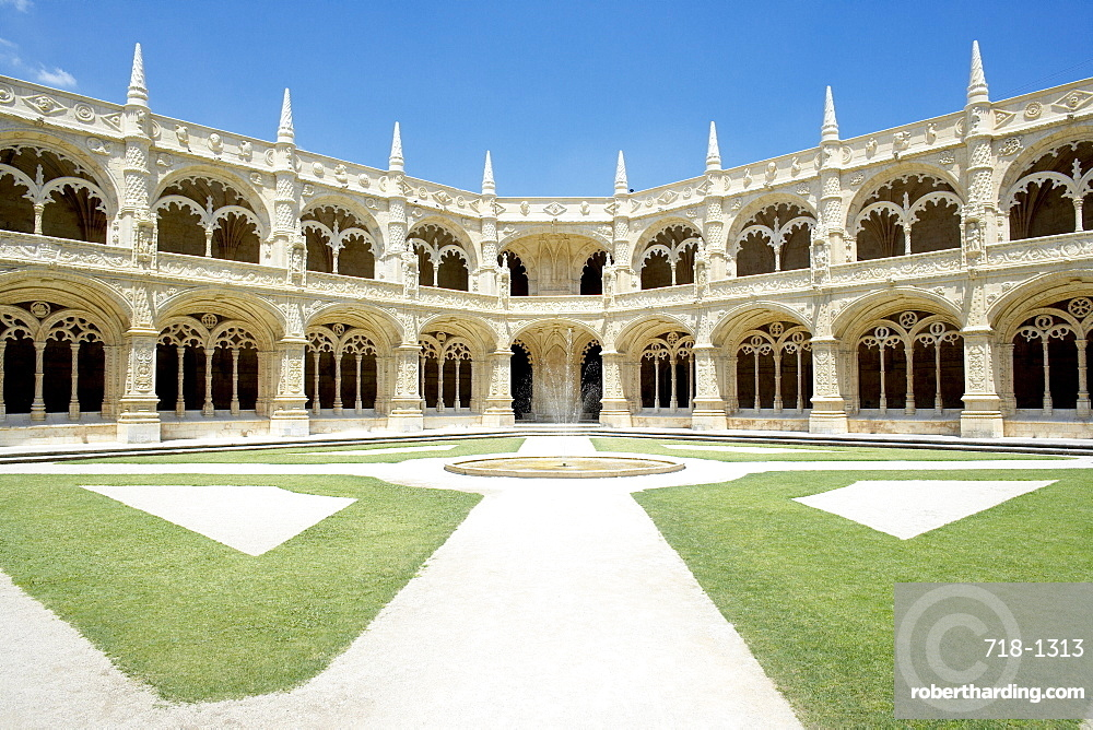 Mosteiro dos Jeronimos (Monastery of the Hieronymites), dating from the 16th century, UNESCO World Heritage Site, Belem, Lisbon, Portugal, Europe