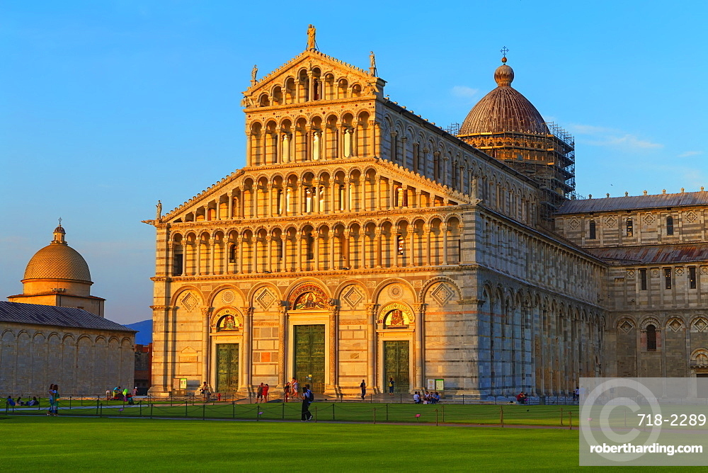 The Cathedral of Pisa, west facade, UNESCO World Heritage Site, Pisa, Tuscany, Italy, Europe