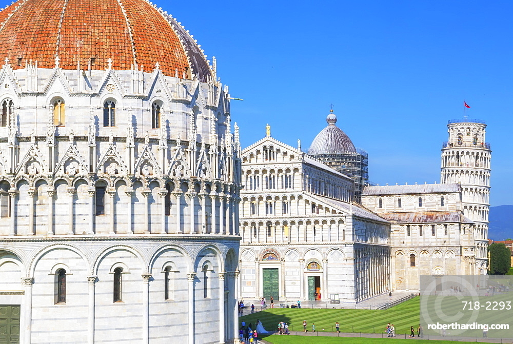 Baptistery, Cathedral and Leaning Tower, Campo dei Miracoli, UNESCO World Heritage Site, Pisa, Tuscany, Italy, Europe