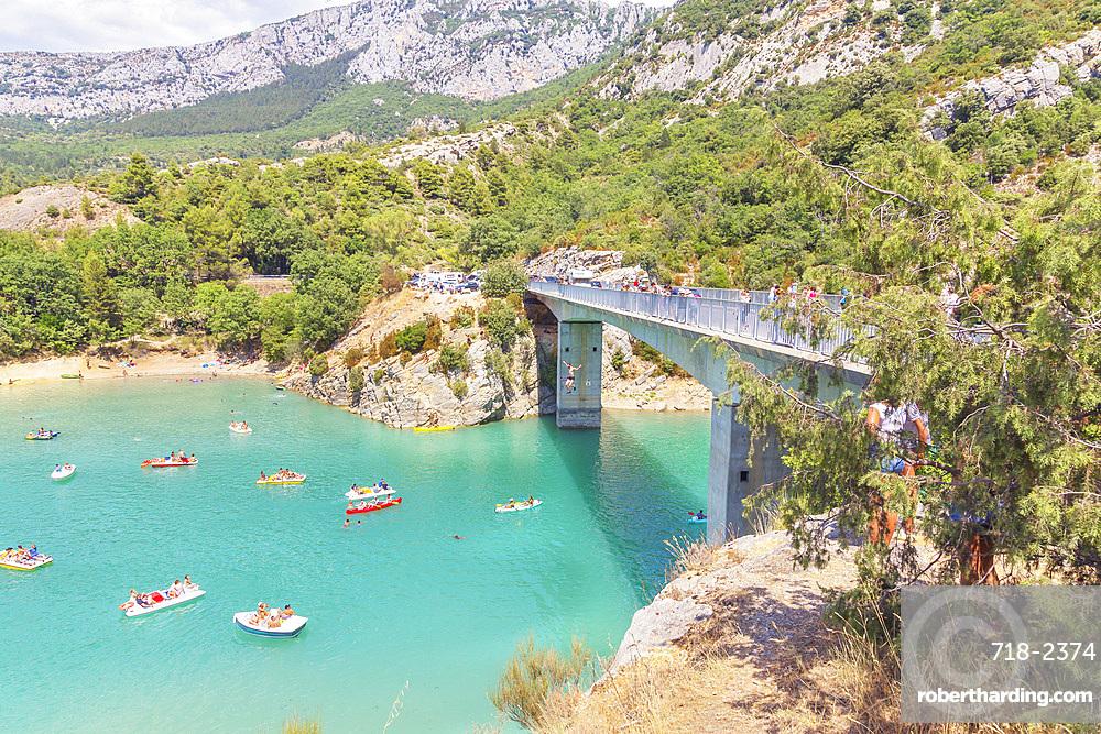 St. Croix Lake, Gorges du Verdon, Provence-Alpes-Cote d'Azur, Provence, France, Europe