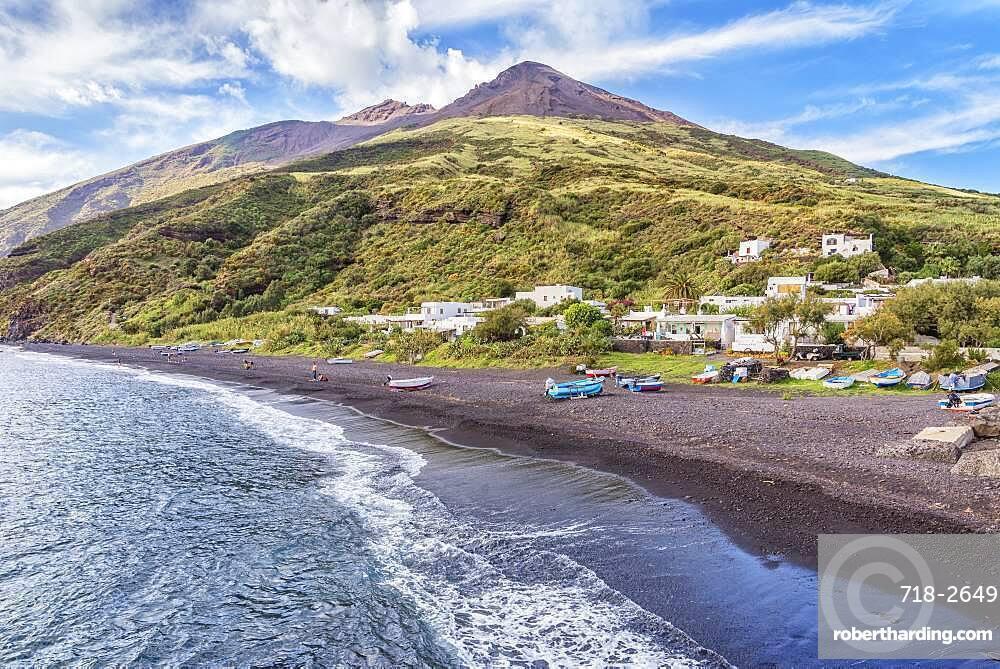 Volcanic beach, Stromboli, Aeolian Islands, UNESCO World Heritage Site, Sicily, Italy, Mediterranean, Europe