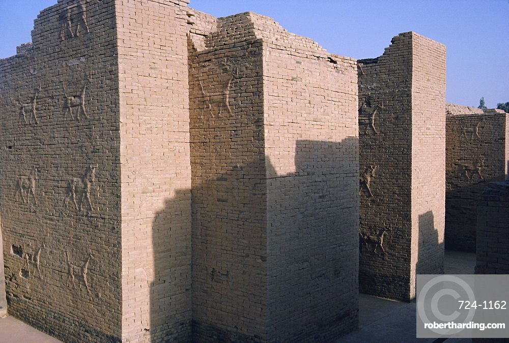 Animals in relief on the South Palace, archaeological site of Babylon, Iraq, Middle East