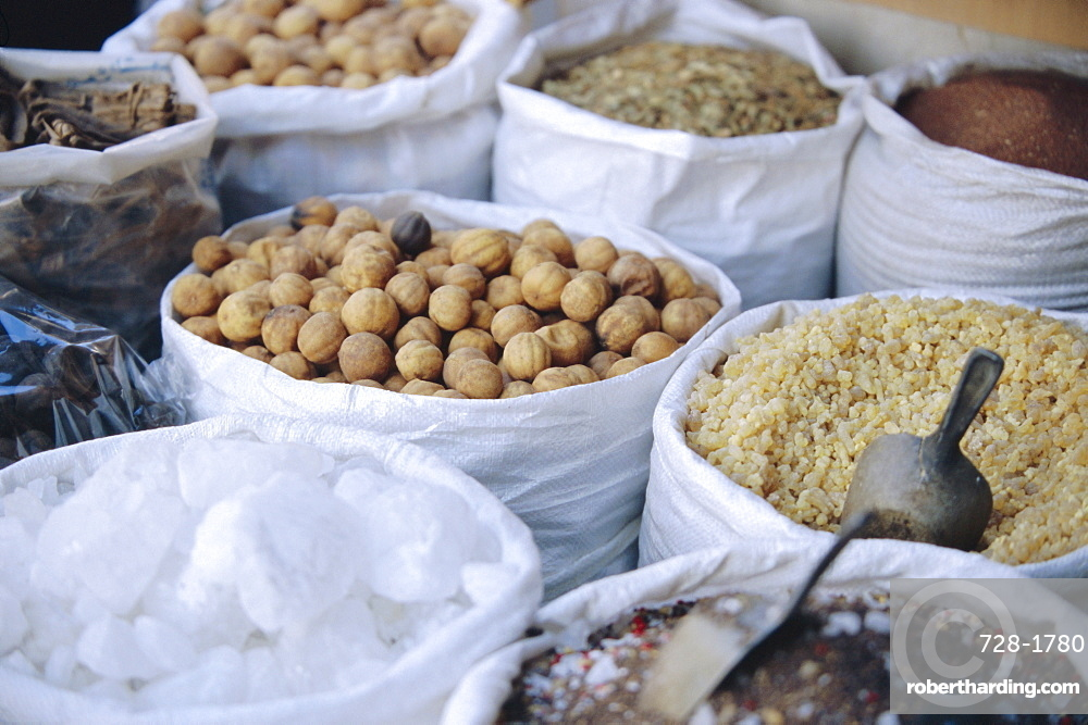 Nuts and spices, Dubai, United Arab Emirates, Middle East
