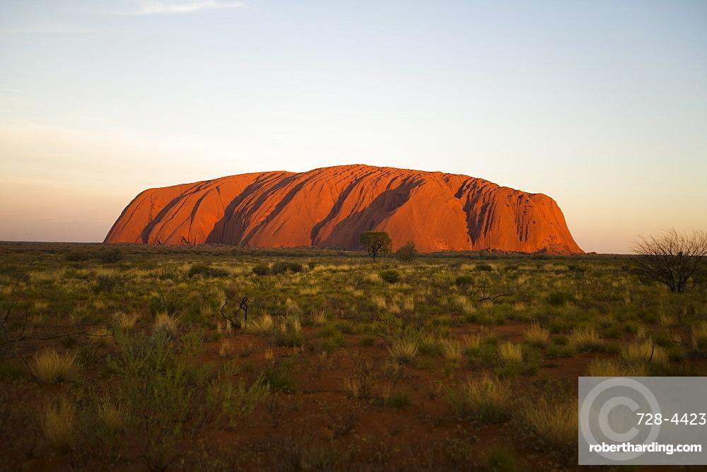 Ayers Rock, Uluru-Kata Tjuta National Park, UNESCO World Heritage Site, Northern Territory, Australia, Pacific