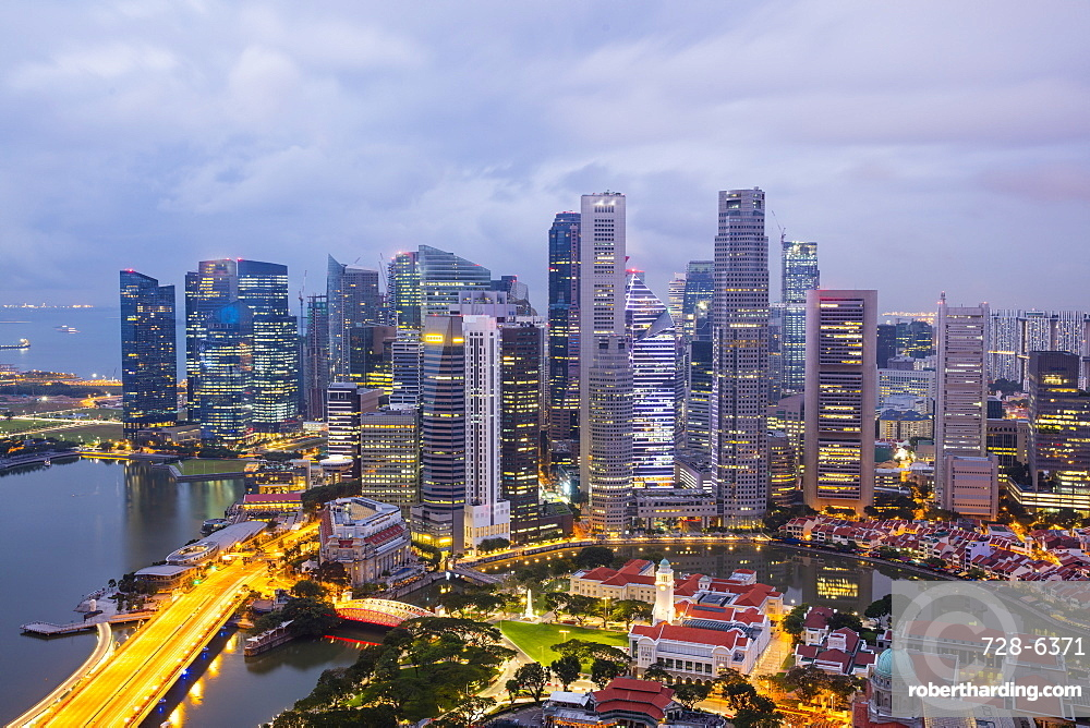 Skyline at dusk of the Financial District, Singapore, Southeast Asia, Asia