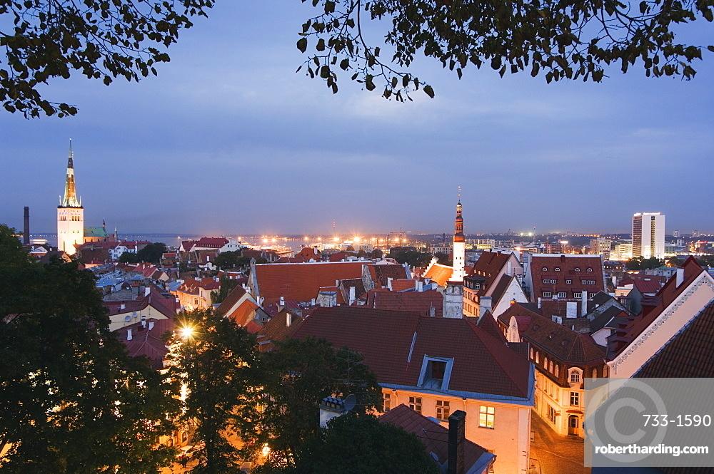 Skyline of Old Town including St. Olav church, UNESCO World Heritage Site, Tallinn, Estonia, Baltic States, Europe
