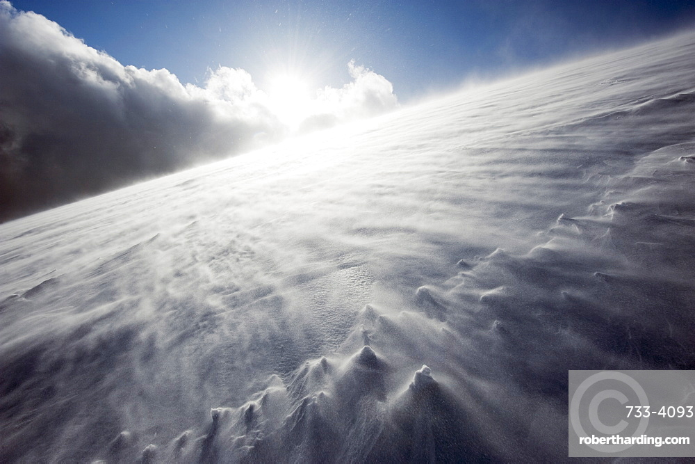 Wind blowing over snow covered Mount Fuji, Shizuoka Prefecture, Japan, Asia