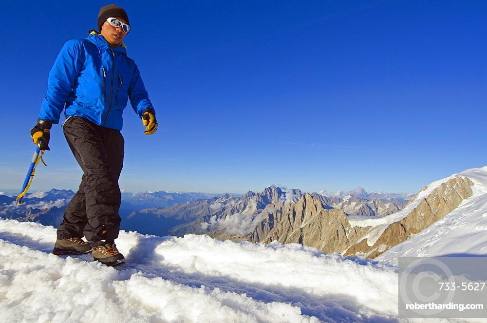 Climber on Mont Blanc, Chamonix, Haute-Savoie, French Alps, France, Europe