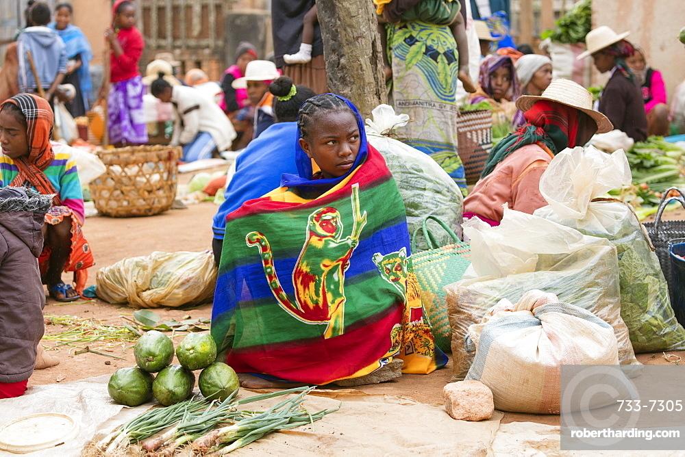 Vegetable sellers, Sendrisoa weekly market, near Ambalavao, central Madagascar, Africa
