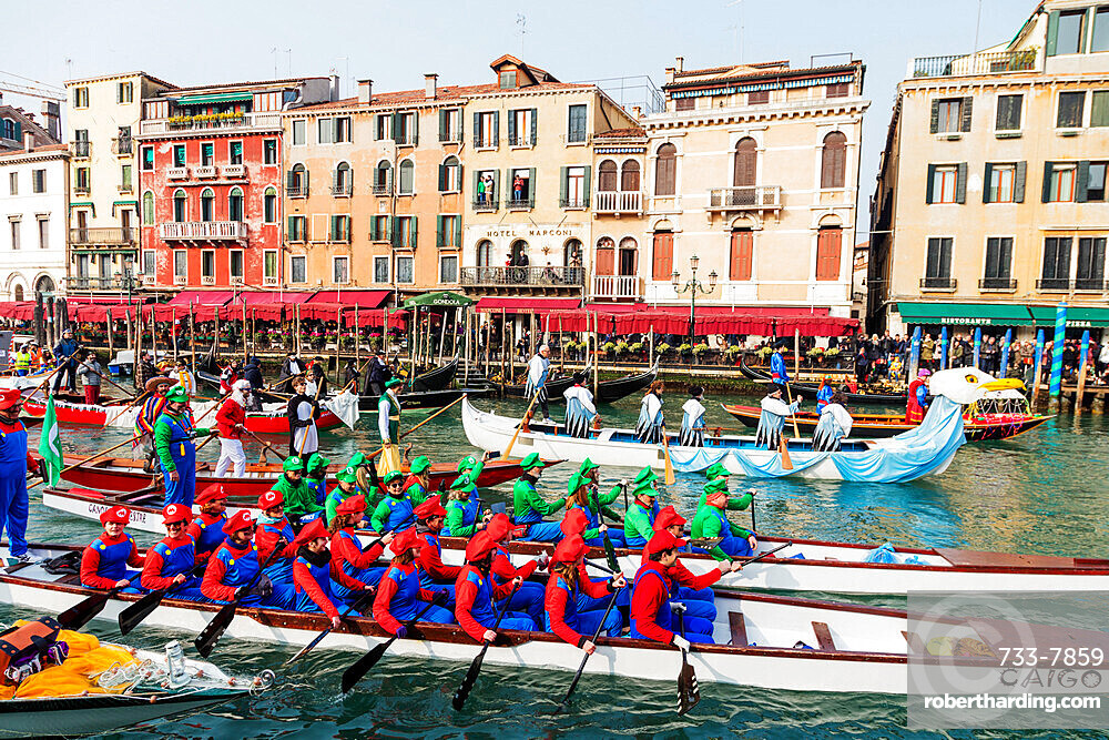 Venice Carnival, opening day parade on the Grand Canal, Venice, UNESCO World Heritage Site, Veneto, Italy, Europe