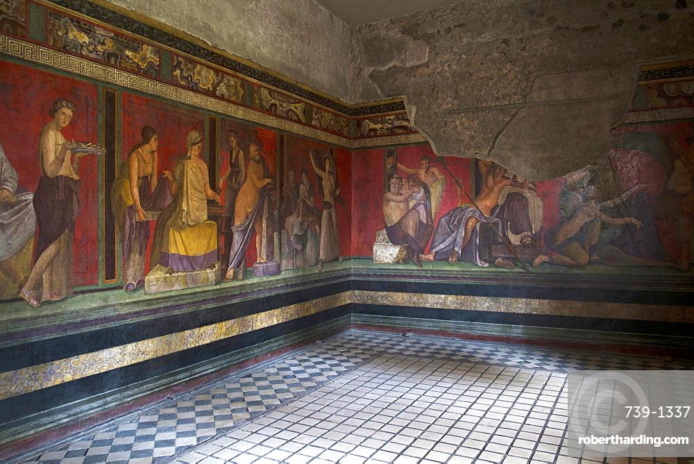 Triclinium frescoes, Villa dei Misteri, Pompeii, UNESCO World Heritage Site, Campania, Italy, Europe