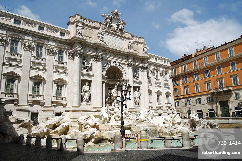 Trevi Fountain, deserted due to the 2020 Covid-19 lockdown restrictions, Rome, Lazio, Italy, Europe