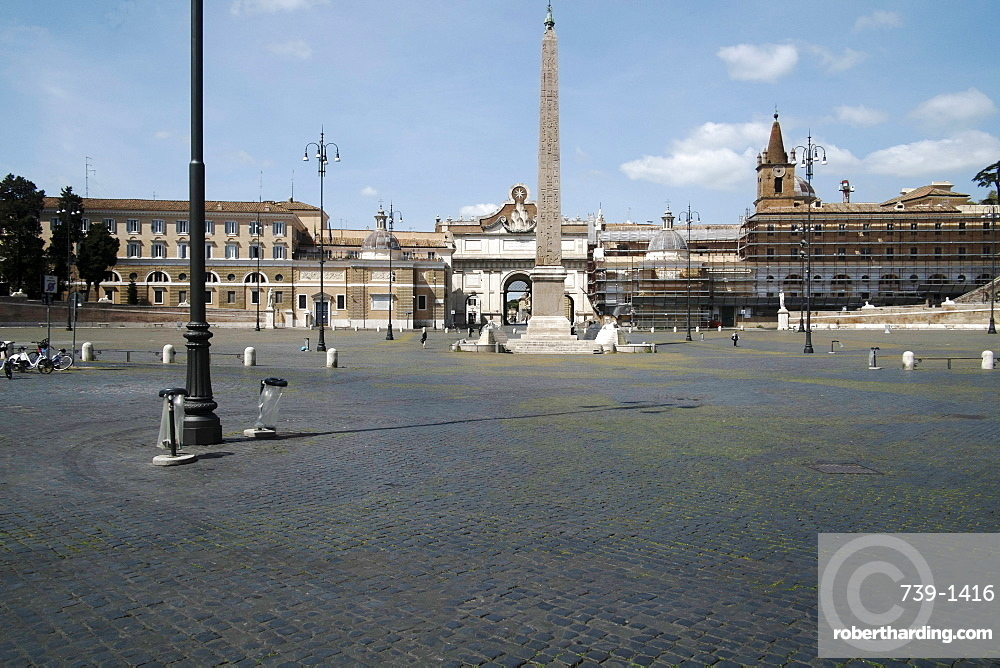 Piazza del Popolo, deserted due to the 2020 Covid-19 lockdown restrictions, Rome, Lazio, Italy, Europe