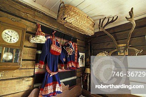 Traditional clothes, Sammuntupa (ancient farm), Levi, Lappland, Finland, Europe