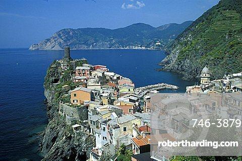 Cityscape, Vernazza, Cinque Terre, Liguria, Italy