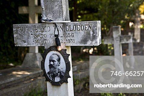 Wilhelm Von Gloeden grave, Taormina, Sicily, Italy