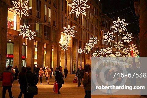 Corso Vittorio Emanuele, Milan, Lombardy, Italy, Europe