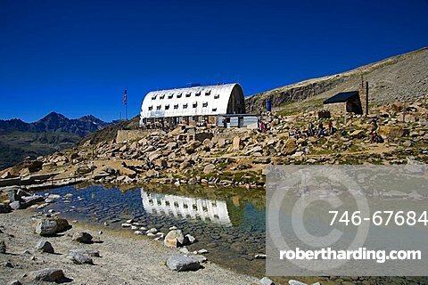 Vittorio Emanuele II hut, Valsavarenche, Gran Paradiso national park, Valle d'Aosta, Italy