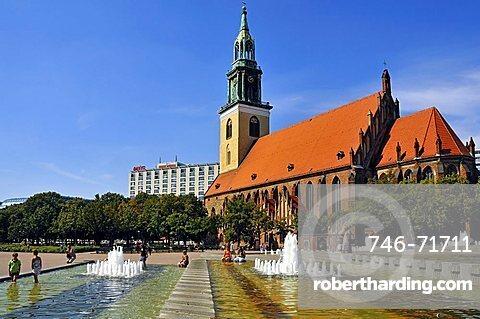 Marienkirche church, Alexanderplatz, Berlin-Mitte Quarter, Berlin, Germany, Europe