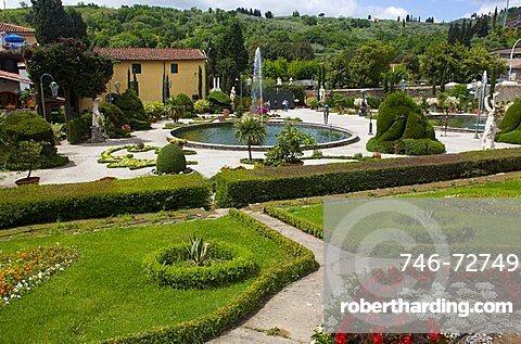 Garden, Vila Garzoni, Collodi, Tuscany, Italy