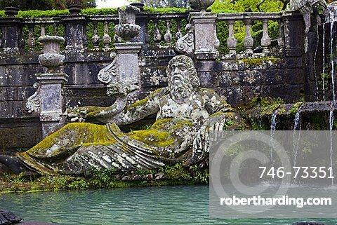 Fontana dei Giganti, Villa Lante, Bagnaia, Lazio, Italy