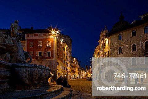 Nettuno Fountain in Duomo square and Casa Rella in Belenzani street, Trento, Trentino, Italy,  Europe,