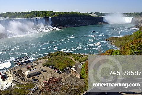 On tre left Bridal Veil Falls and in the background Horseshoe Falls, Niagara Falls, Ontario, Canada, North America