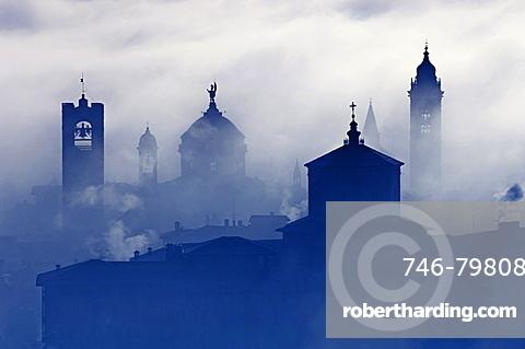 foggy up town, bergamo, italy