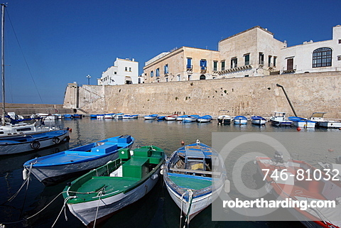 The port, Gallipoli, Salentine Peninsula, Apulia, Italy